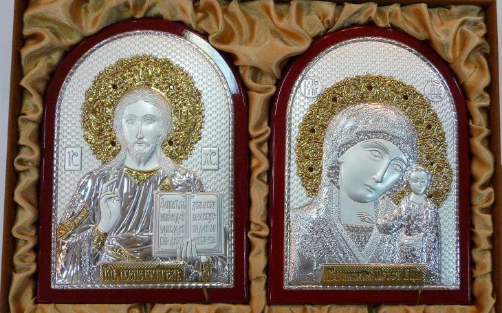 Инкрустированный гранатам подарочный набор (венчальная пара) Христа и Божьей Матери (14,5*20см., Россия, красное дерево) в VIP-упаковке
